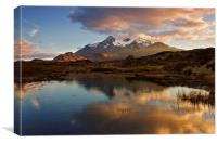 Black Cuillin Sunset., Canvas Print