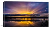 Sunset with striking rays, Canvas Print