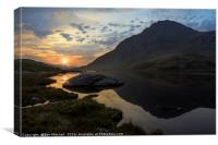 Tryfan Sunrise, Canvas Print