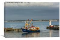 Fishing Boat returns to Newlyn, Canvas Print