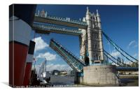 Tower bridge opens for the Waverley, Canvas Print