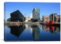 Liverpool reflections, Canvas Print
