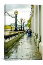 Walking alongside the Thames, Canvas Print