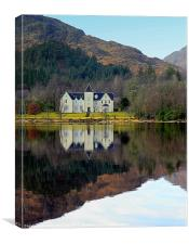 Glenfinanan Hotel, Canvas Print