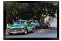 Vintage cars in Havana climbing a hill, Framed Print