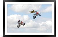 Catch me if you can, Framed Mounted Print