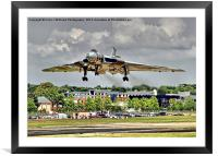 Vulcan To The Skies Landing - Farnborough 2014, Framed Mounted Print
