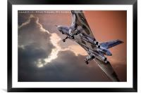 Vulcan XH558 takes off at Farnborough 2014, Framed Mounted Print