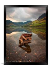 Buttermere lake, Framed Print
