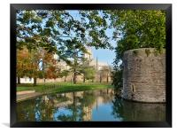 wells cathedral moat and bishopspalace, Framed Print