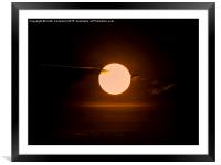 Vulcan XH558 passing the sun., Framed Mounted Print