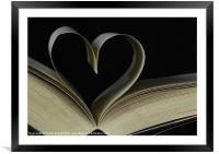 Love to read, Framed Mounted Print