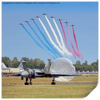 The Red Arrows Salute The Vulcan, Print